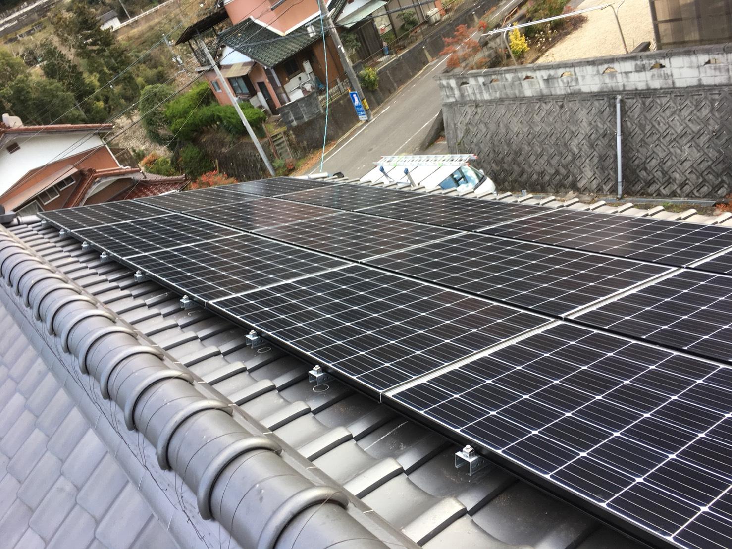大阪府長州太陽光パネルCS-274B61施工後の写真
