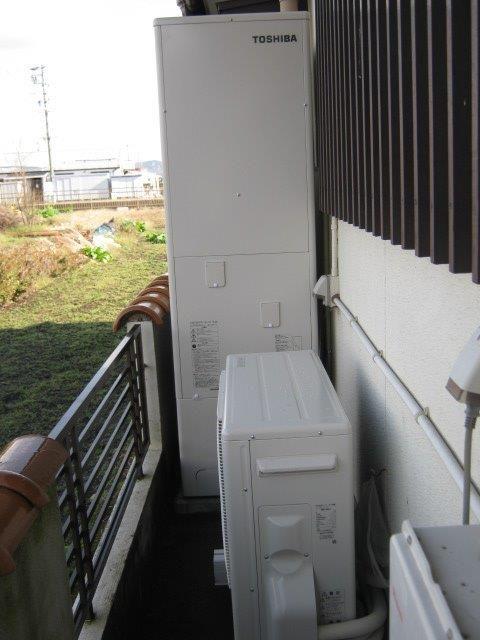 三重県東芝エコキュートHWH-F465施工後の写真