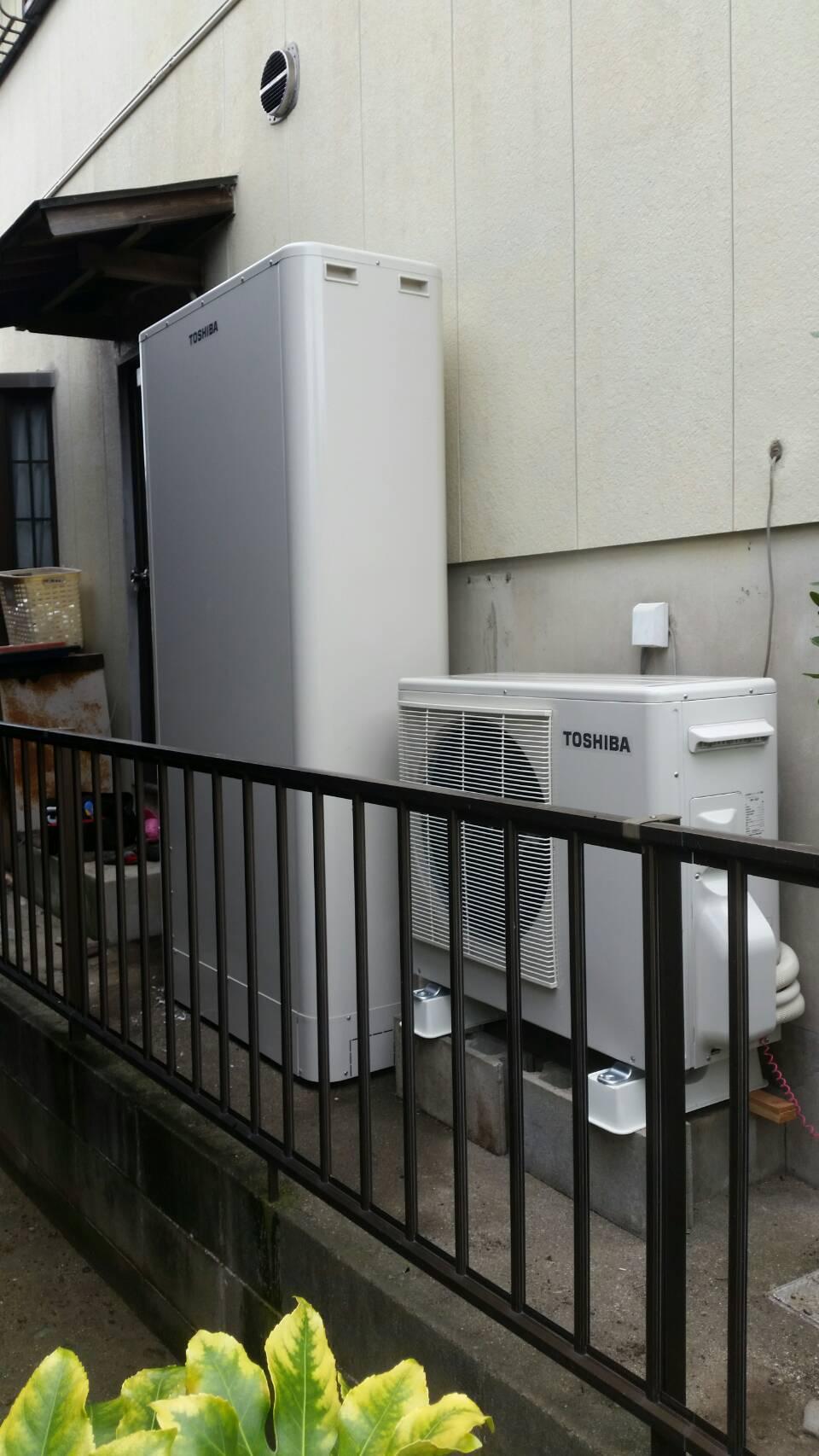 三重県東芝エコキュートHWH-B375HWV施工後の写真
