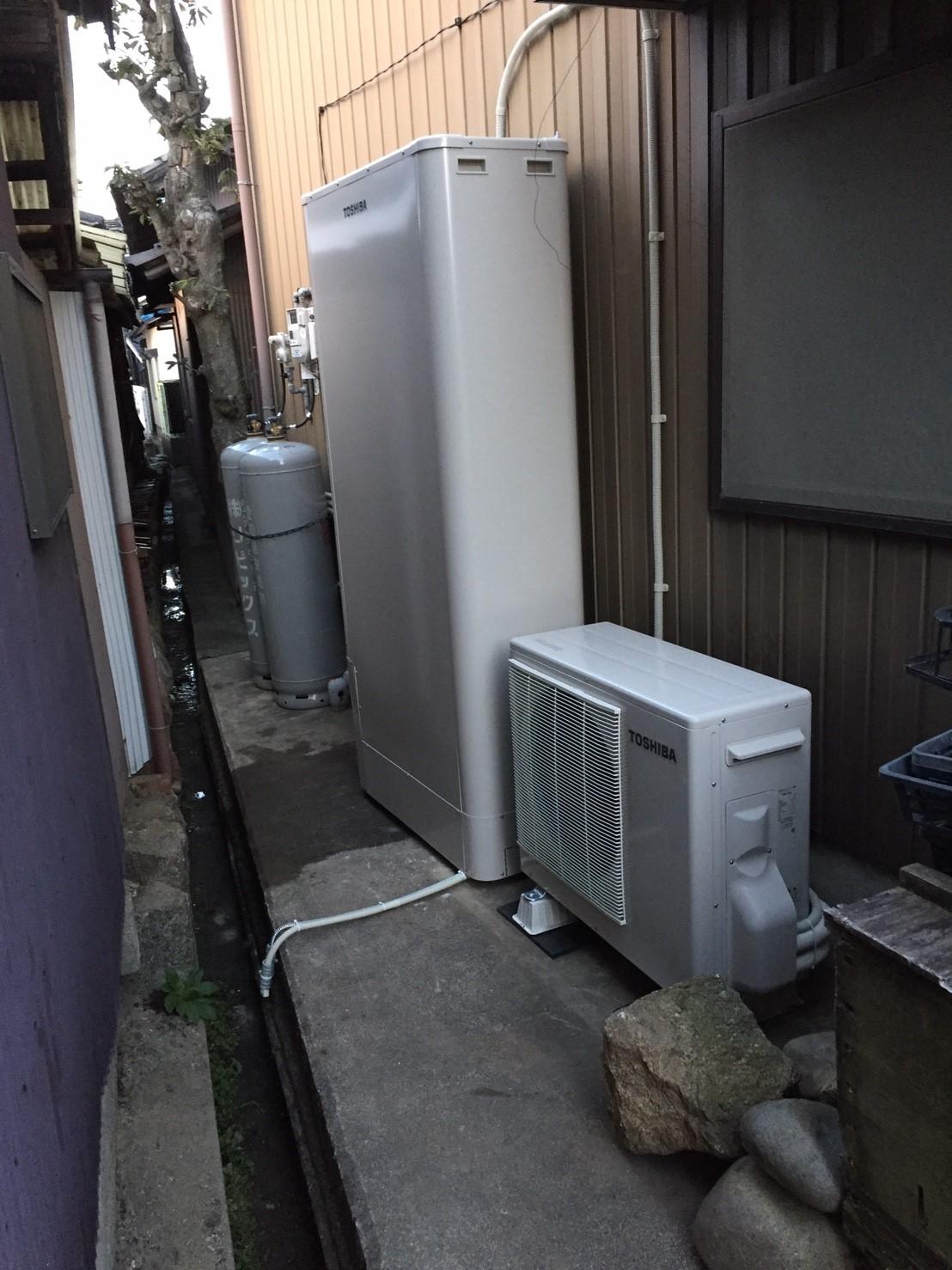 奈良県東芝エコキュート(薄型)HWH-B375HWA施工後の写真
