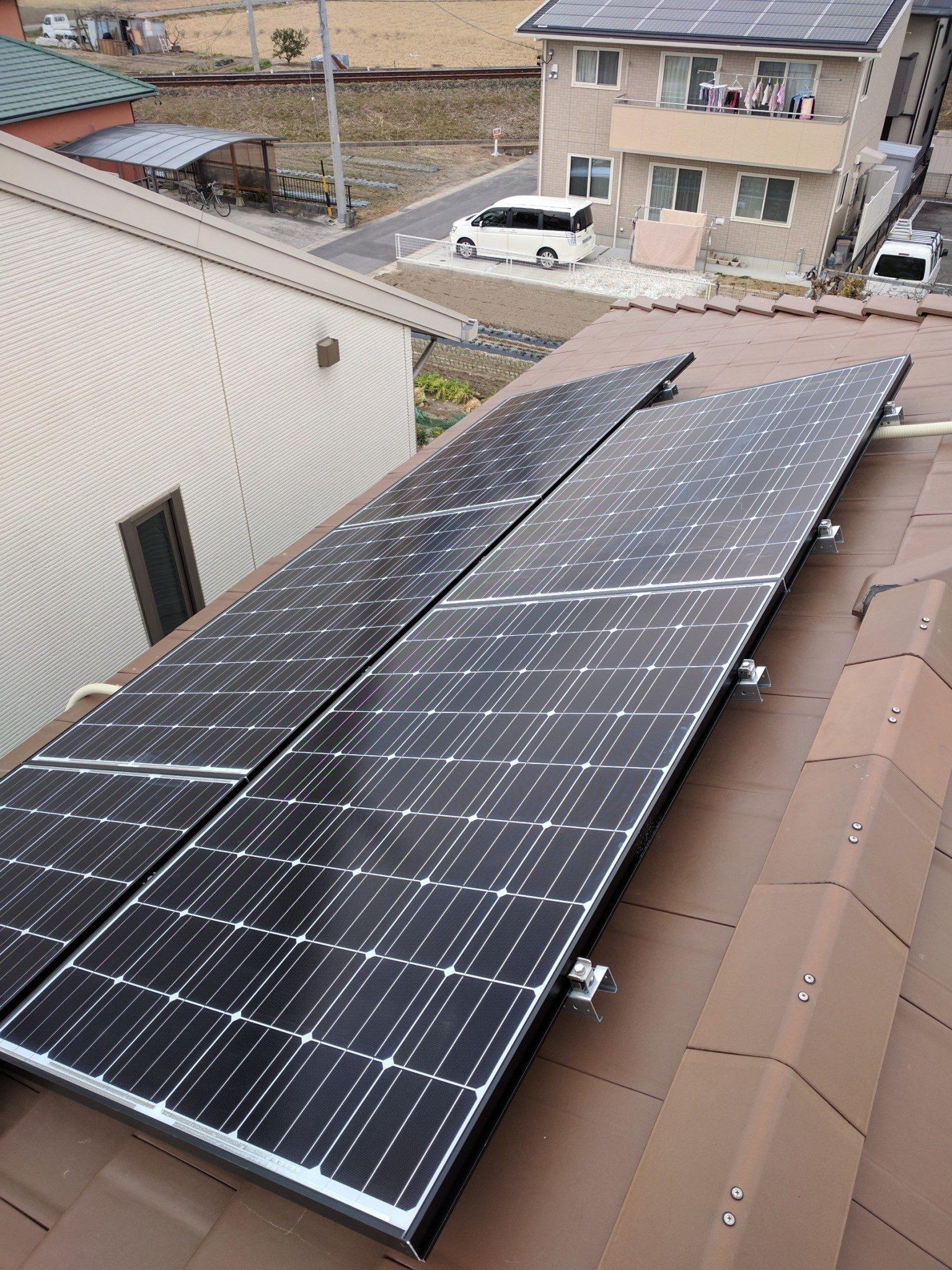 大阪府長州太陽光パネル 19枚CS-260B51施工後の写真