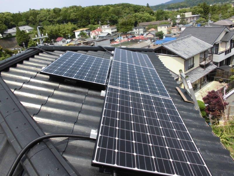 三重県長州産業 太陽光発電CS-246B41 10枚施工後の写真