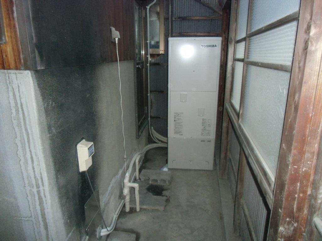 奈良県東芝エコキュートHWH-B374 施工後の写真