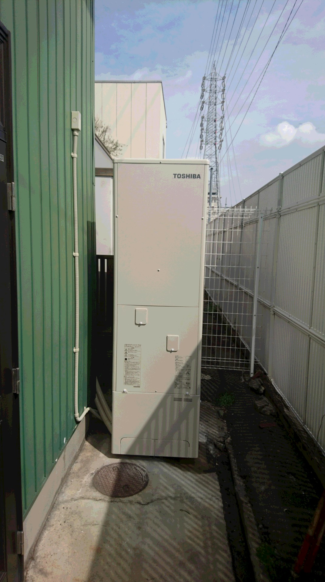 兵庫県東芝エコキュートHWH-B465H施工後の写真