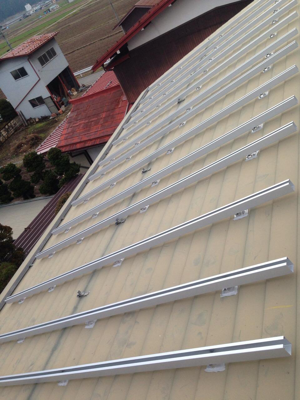 三重県三菱 太陽光発電PV-MA2180KS施工前の写真