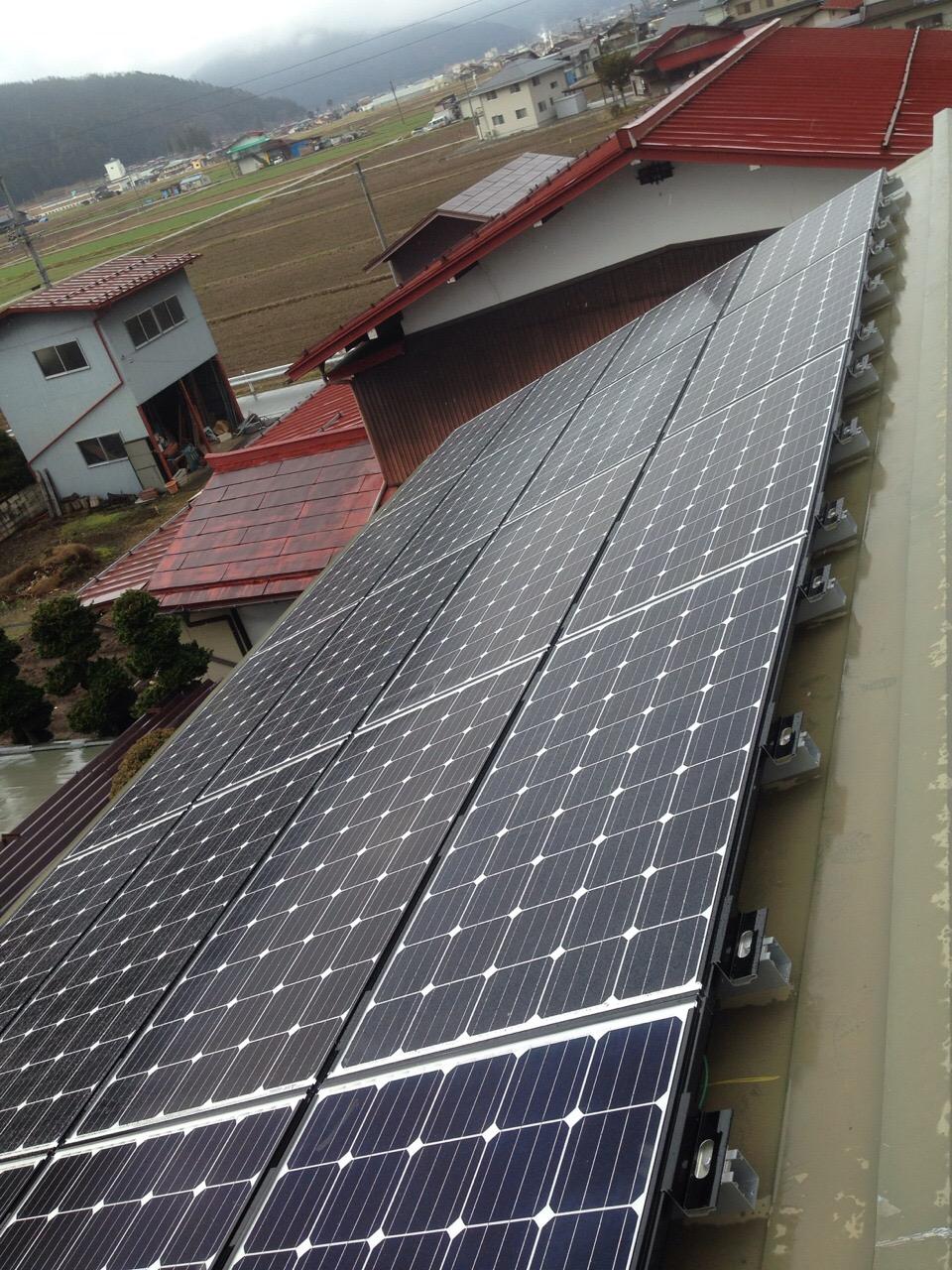 三重県三菱 太陽光発電PV-MA2180KS施工後の写真
