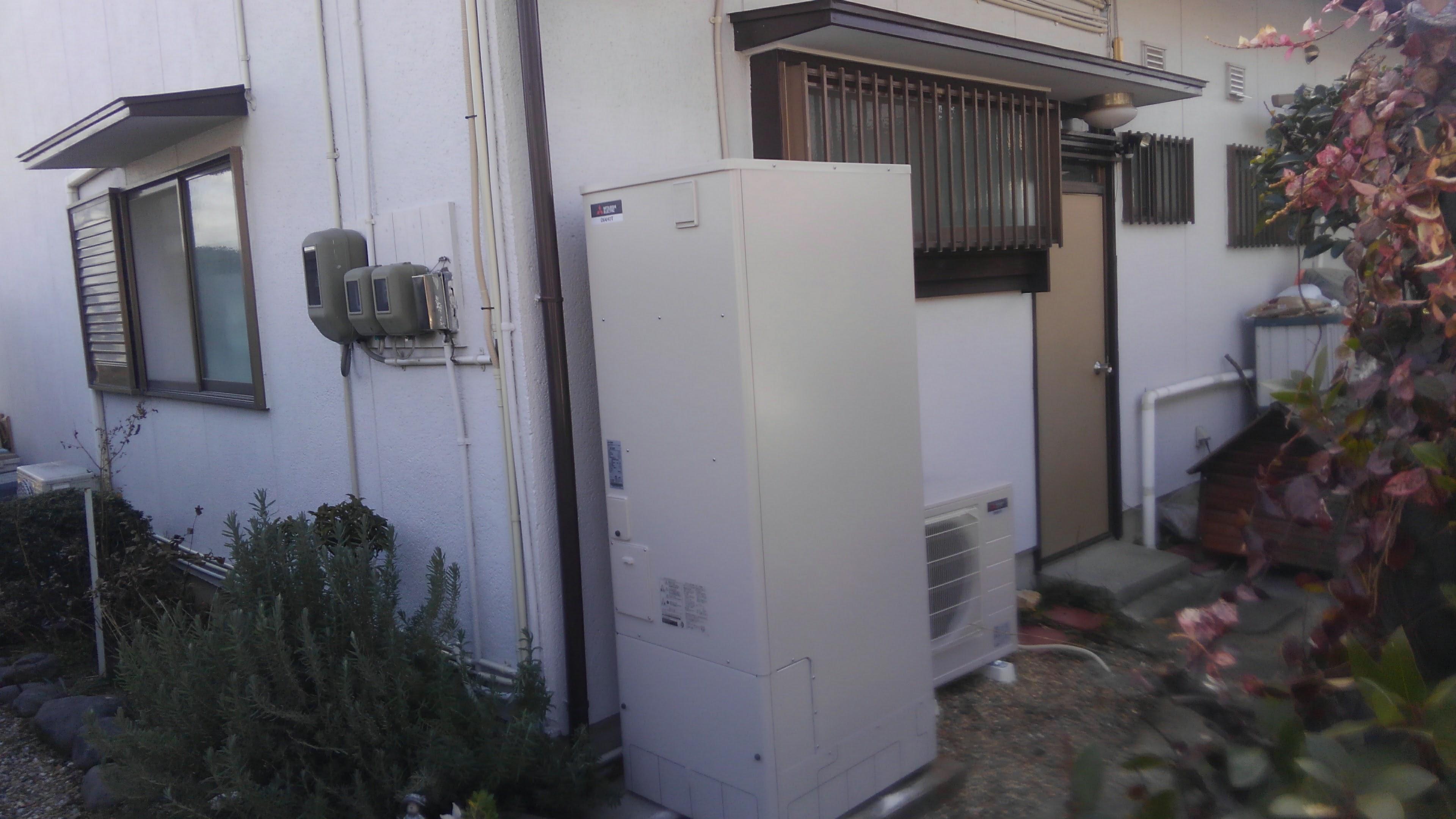 兵庫県三菱エコキュートSRT-N372施工後の写真