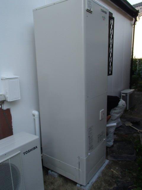 京都府東芝エコキュートHWH-FBH463SC 日立IHクッキングヒーターHT-J200XTF施工後の写真