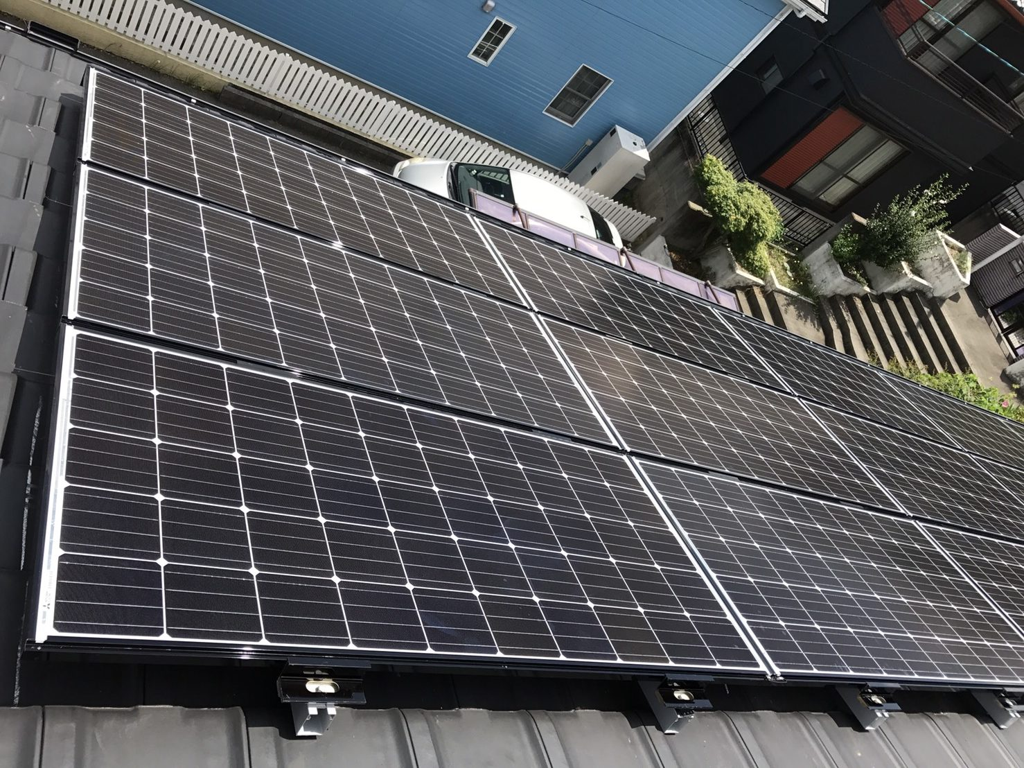 滋賀県三菱太陽光パネル 15枚PV-MA2250M施工後の写真