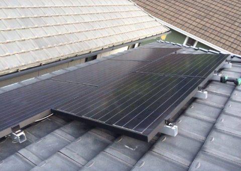 大阪府東芝太陽光パネル 20枚LPV-200E-BLK-J施工後その他の写真1
