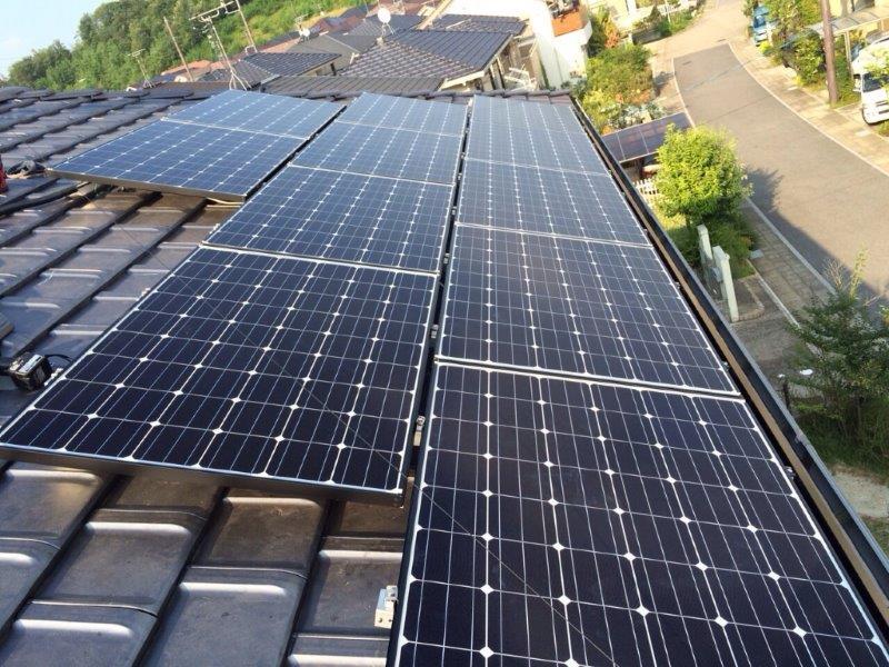 大阪府長州太陽光パネル  16枚CS-246B41施工後の写真