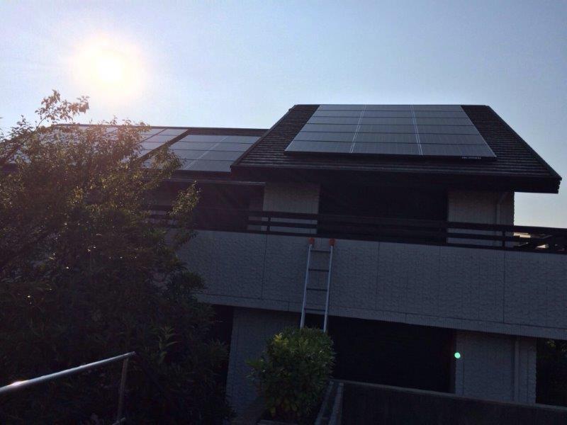 三重県長州産業 太陽光発電CS-246B41 26枚施工後の写真