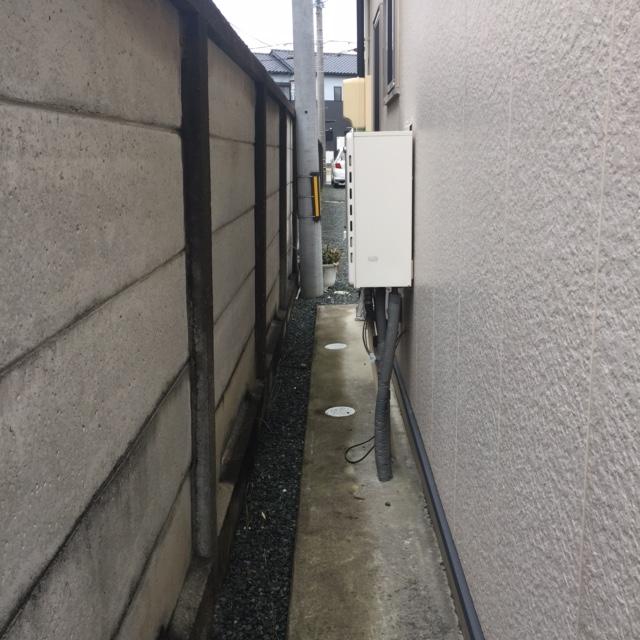 滋賀県東芝エコキュートHWH-B375H施工前の写真