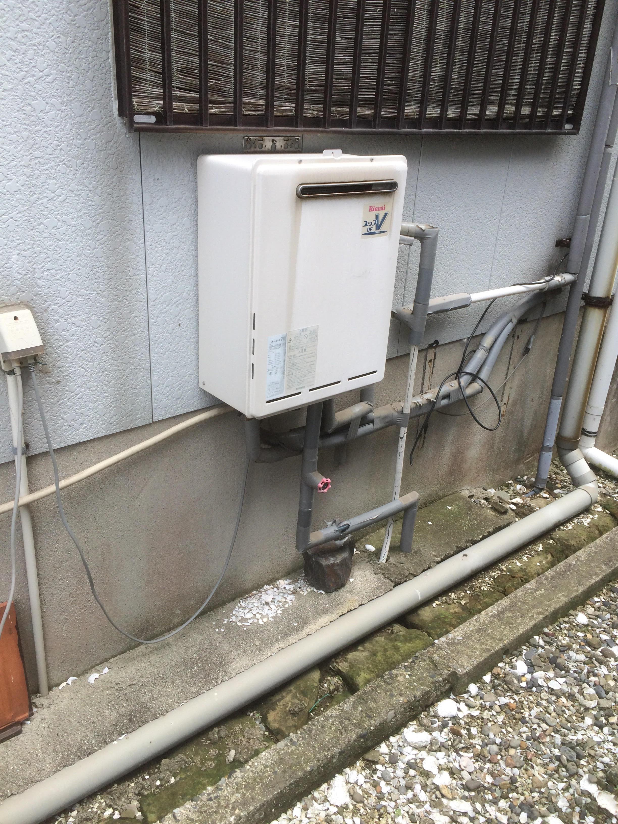 大阪府東芝エコキュートSRT-W373三菱IHクッキングヒーターCS-G32MS施工前の写真