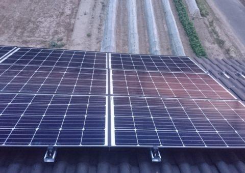 大阪府ハンファQセルズ太陽光発電Q.PEAK-G4.1 160×18枚ハイブリッド蓄電池HQJB-BU56-A1施工後その他の写真2