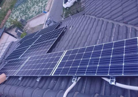 大阪府ハンファQセルズ太陽光発電Q.PEAK-G4.1 160×18枚ハイブリッド蓄電池HQJB-BU56-A1施工後その他の写真3