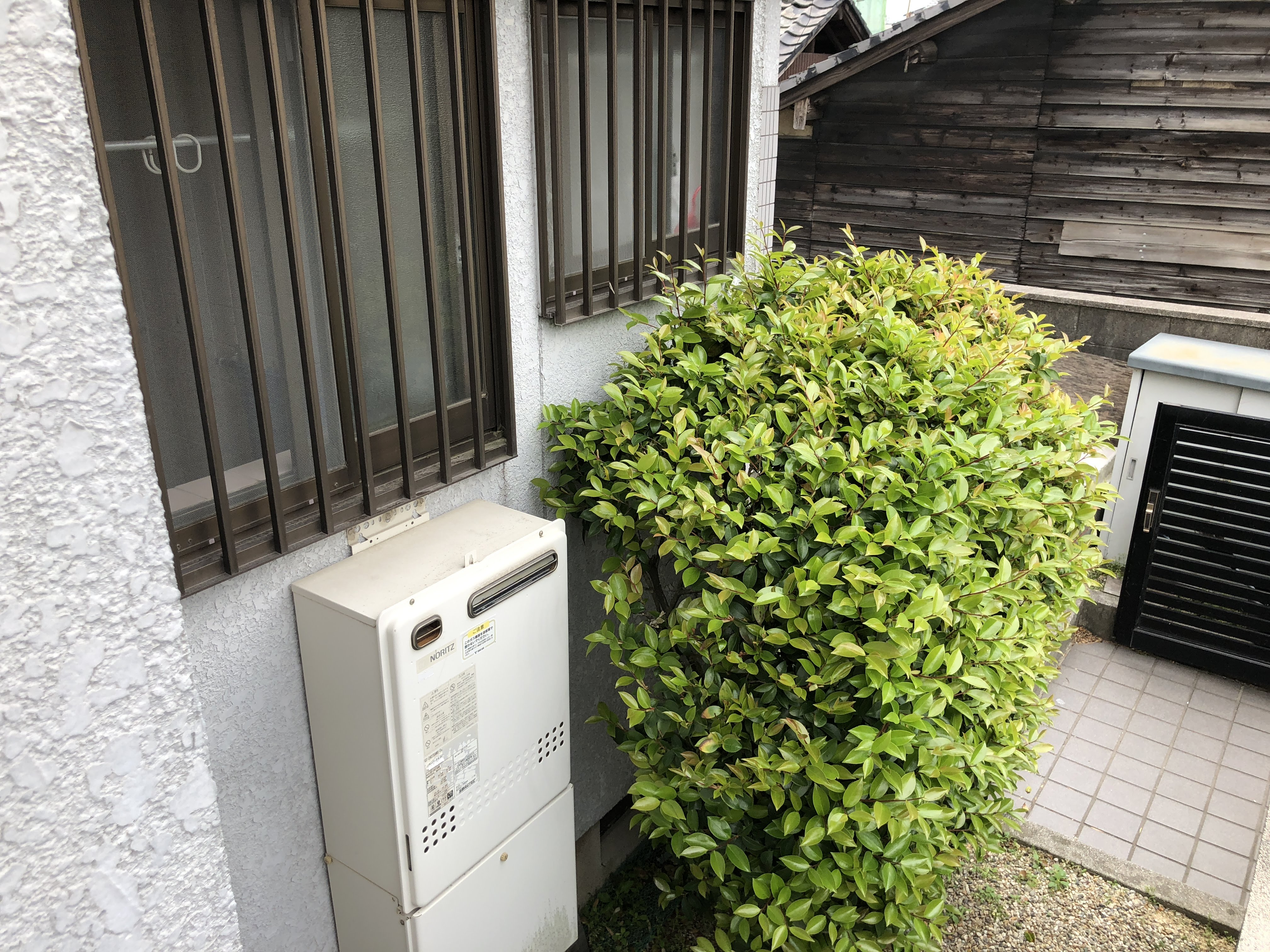 大阪府三菱エコキュートSRT-S463U施工前の写真