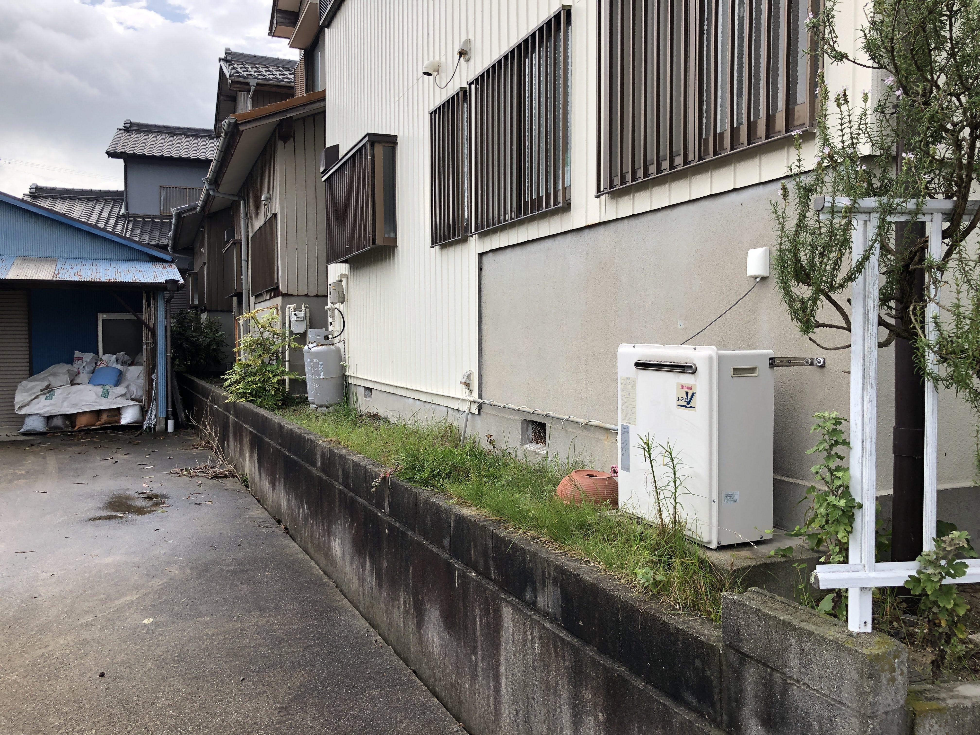 大阪府東芝エコキュートHWH-B465HAT施工前の写真