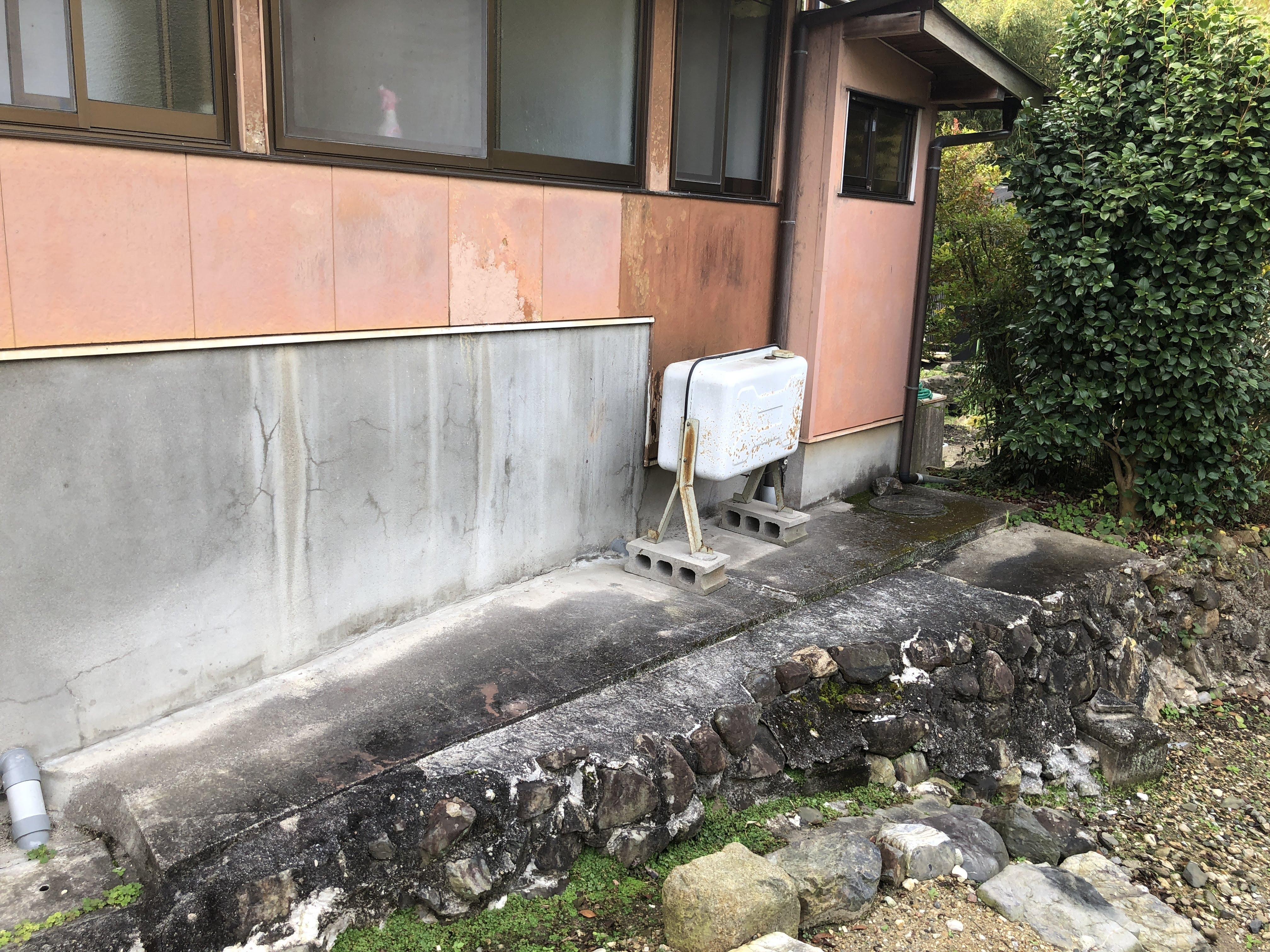 大阪府東芝エコキュートHWH-F375施工前の写真