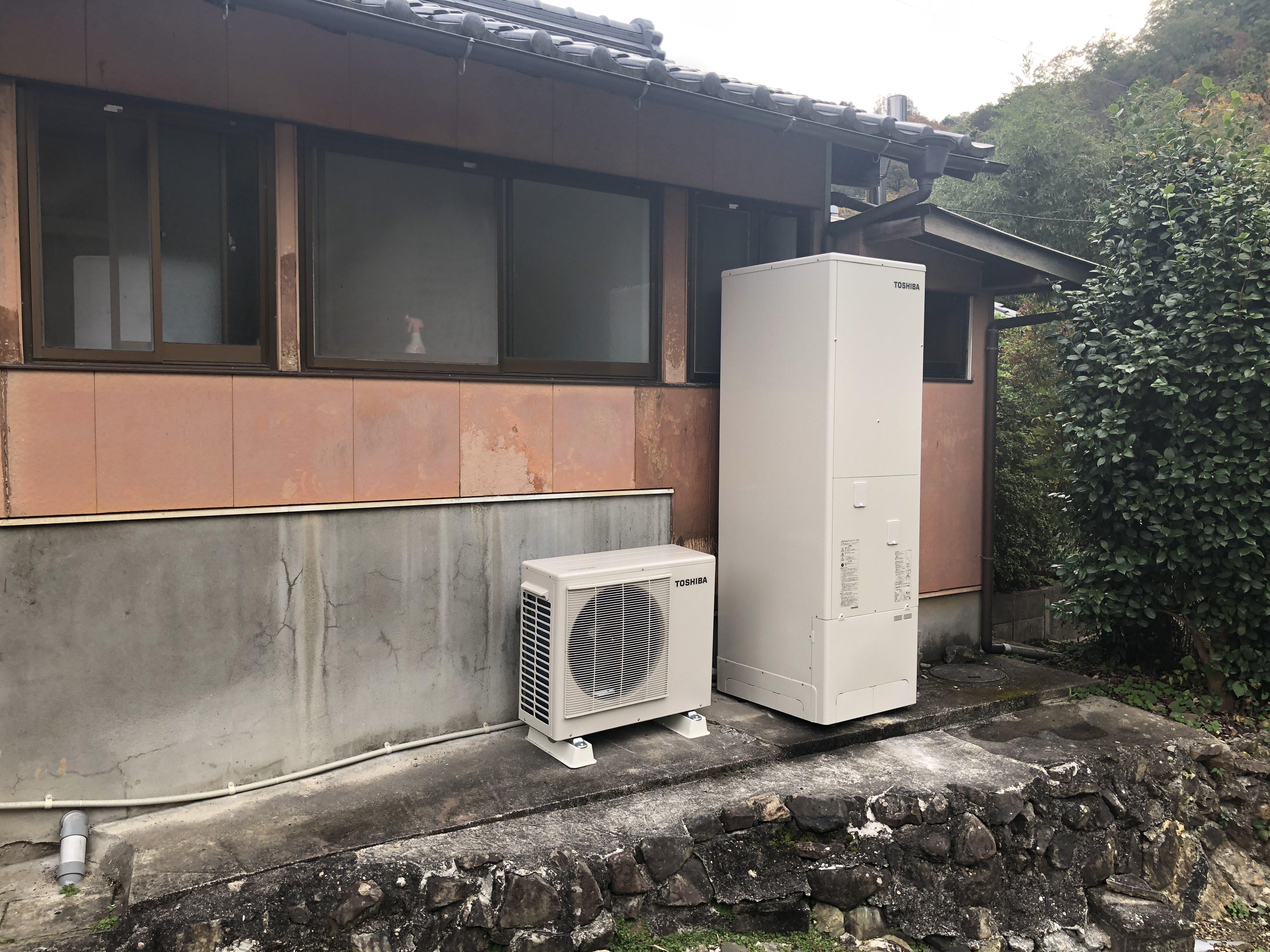 大阪府東芝エコキュートHWH-F375施工後の写真