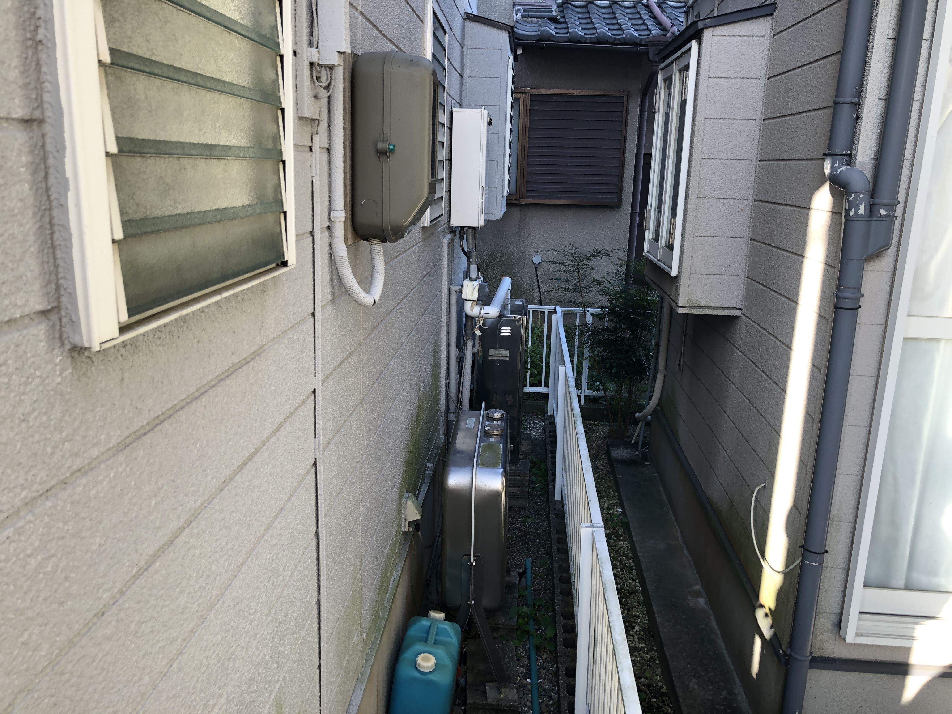 大阪府東芝エコキュート HWH-B465HA施工前の写真