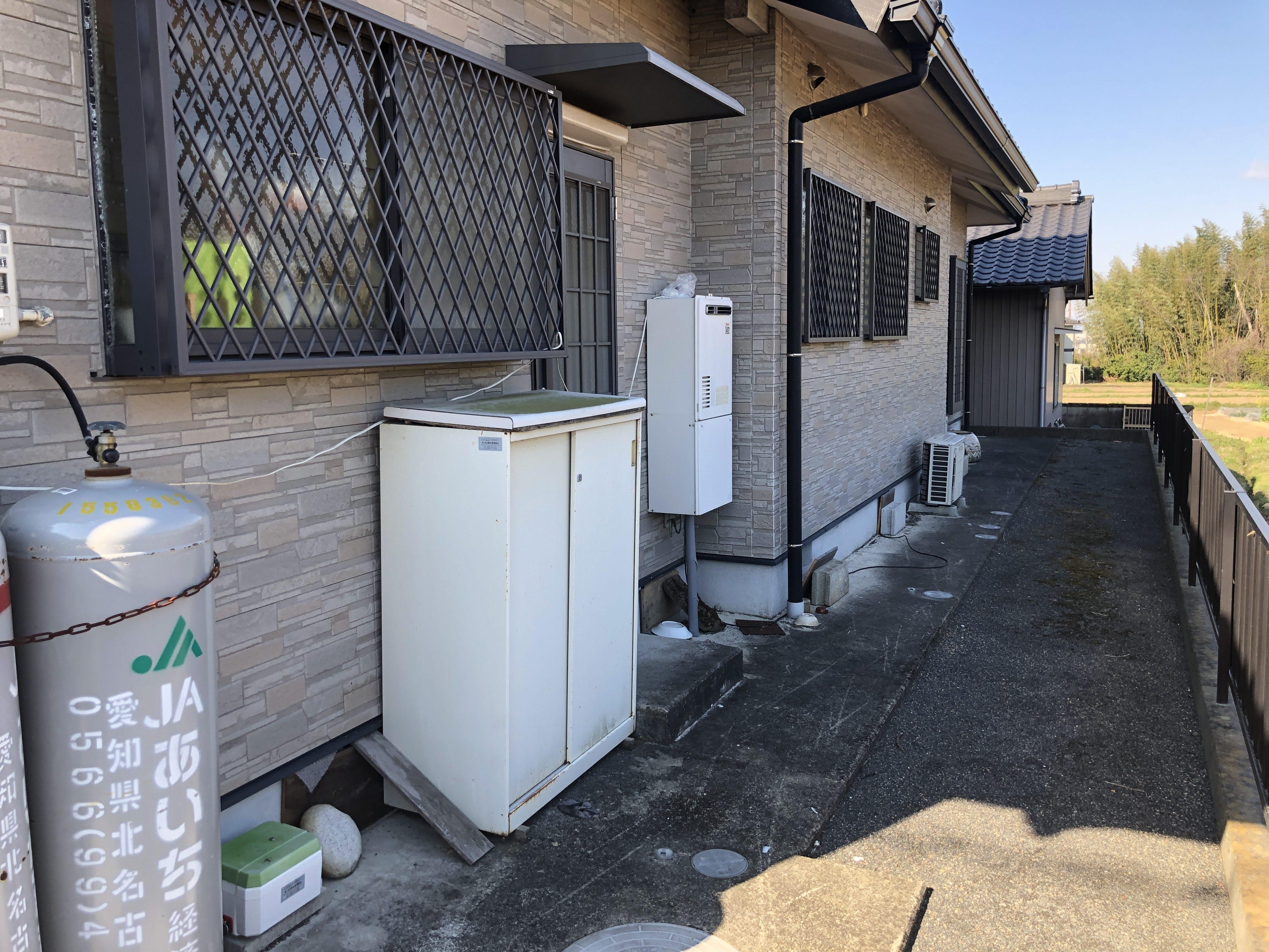大阪府三菱エコキュートSRT-W374施工前の写真