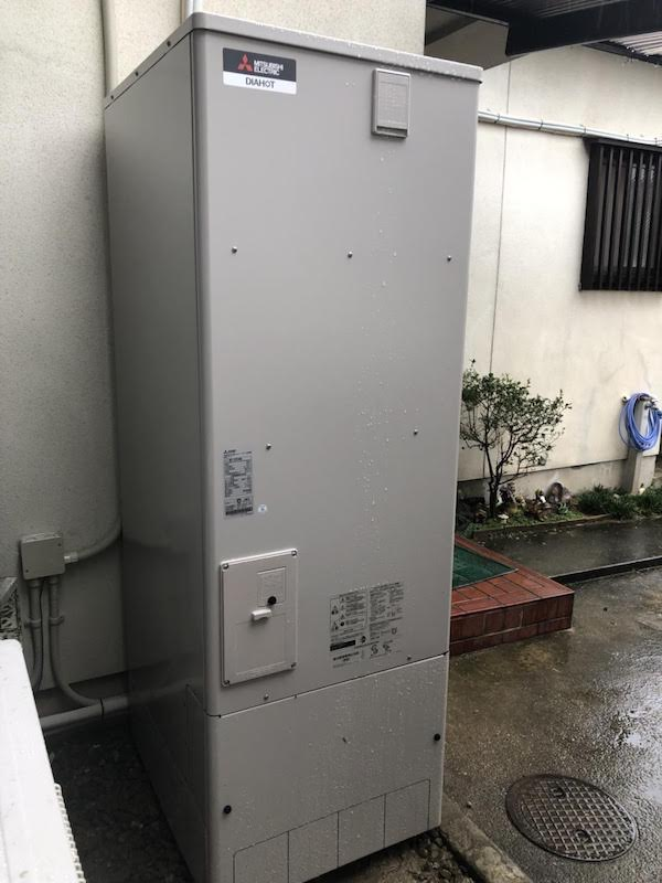 奈良県三菱エコキュートSRT-P373UB施工後の写真