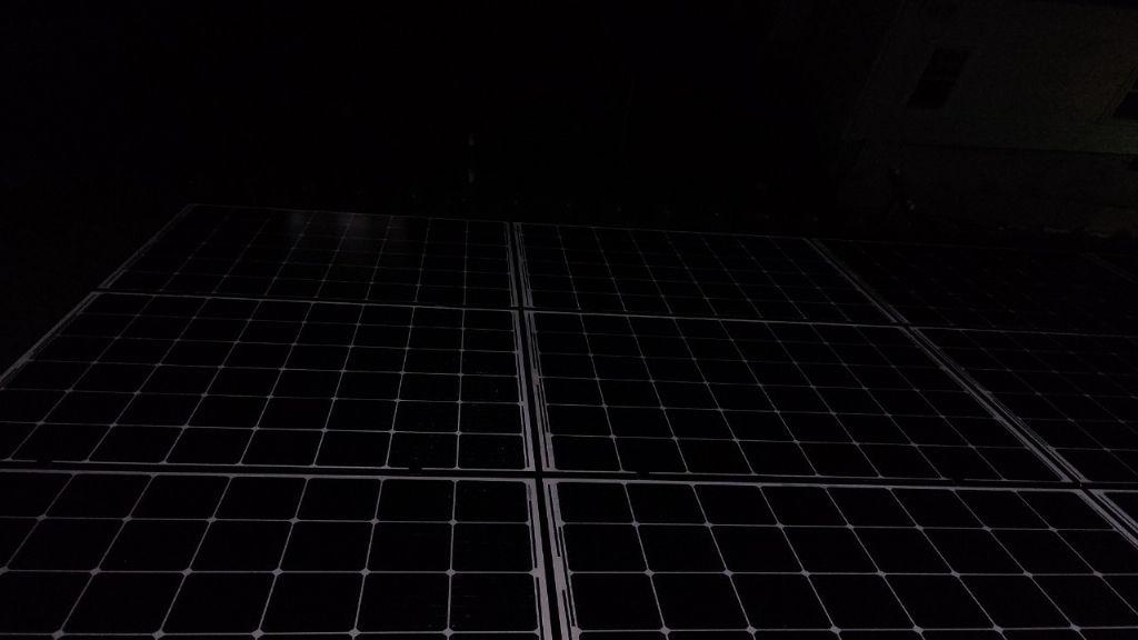 奈良県Q CELLS4.1kw太陽光発電システム施工後の写真