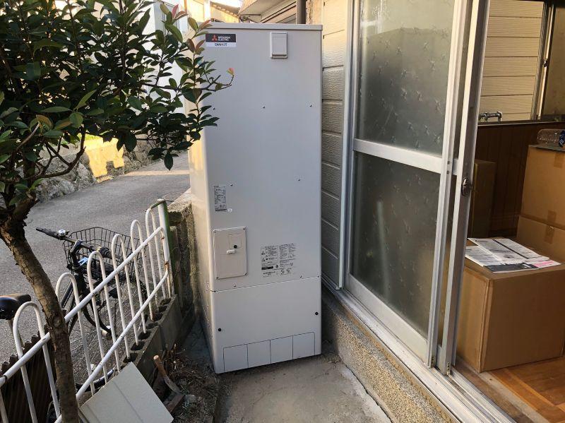 大阪府三菱のエコキュートSRT-S374UA施工後の写真