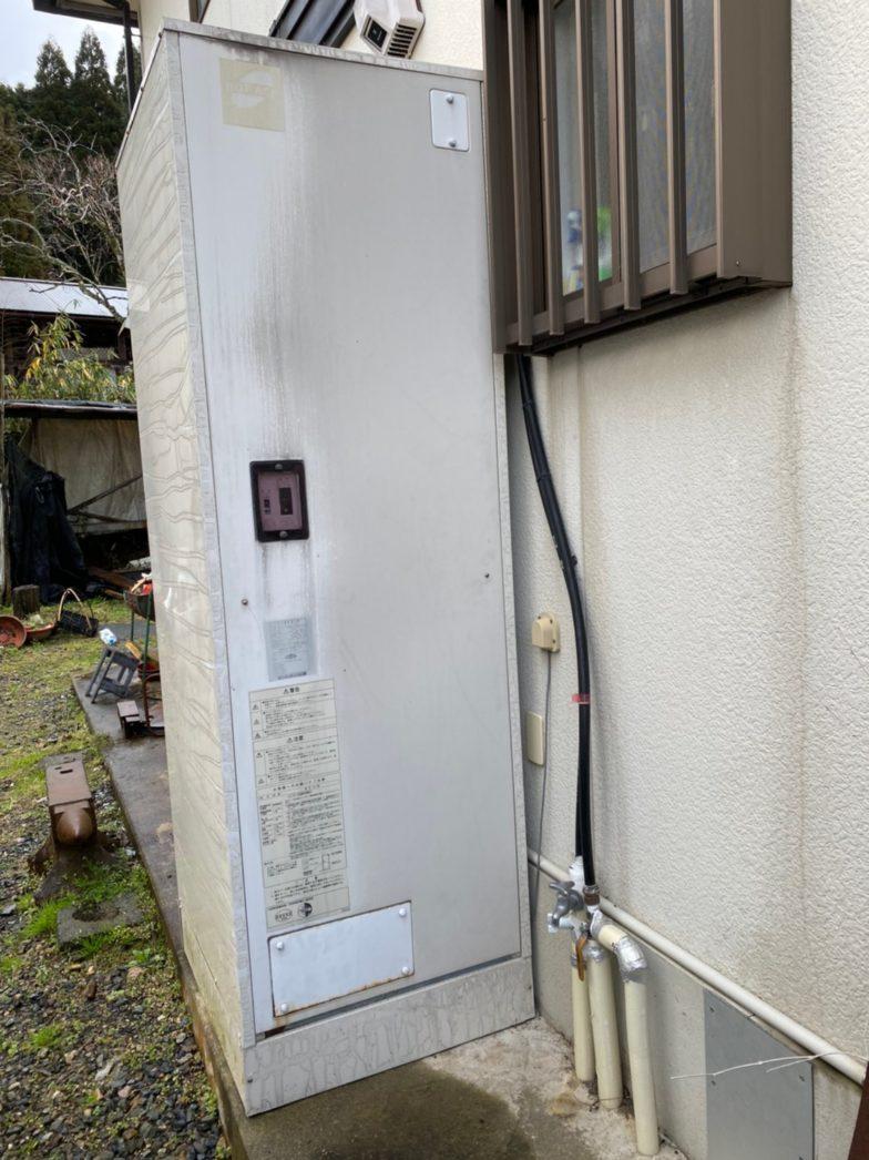奈良県東芝エコキュートHEH-B376H施工前の写真