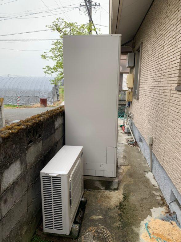 三重県三菱エコキュートSRT-P554UB施工後の写真