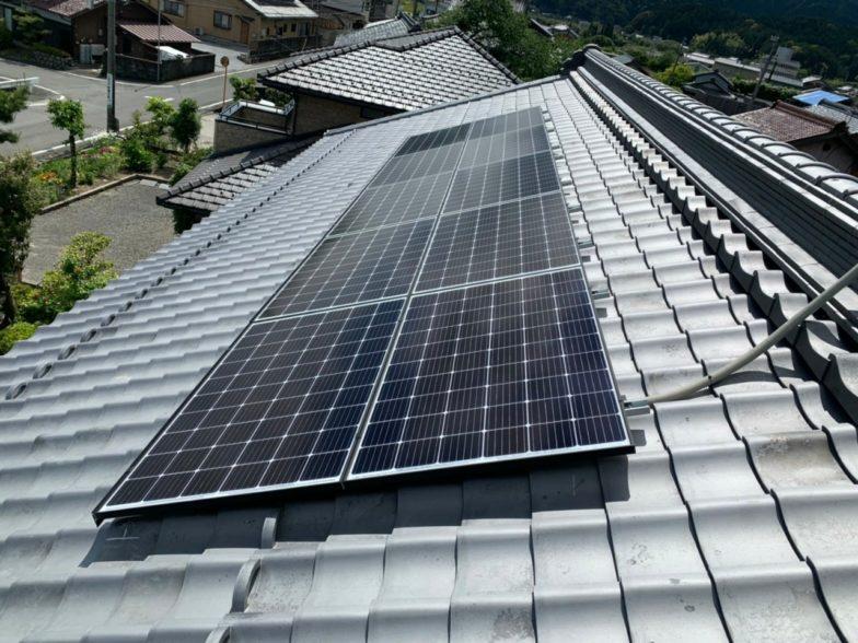 滋賀県QcellsQ.PEAK-G310 10枚施工後の写真