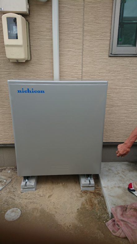 大阪府ニチコン蓄電池ESS-H2L1施工後の写真