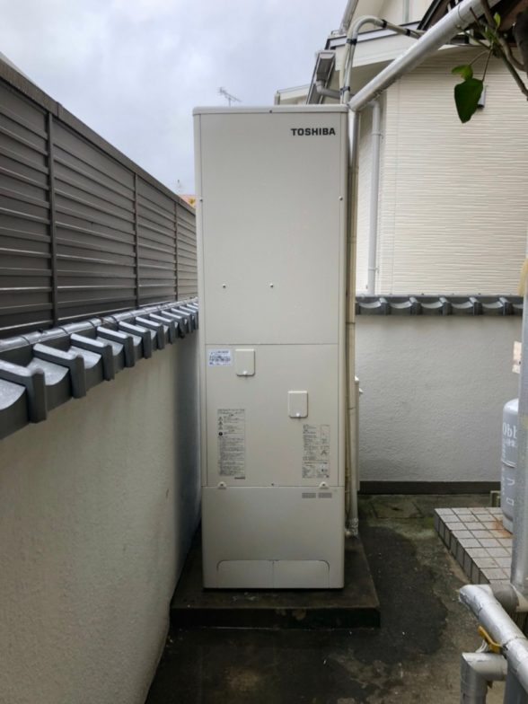 三重県東芝エコキュートHWH-F376施工後の写真