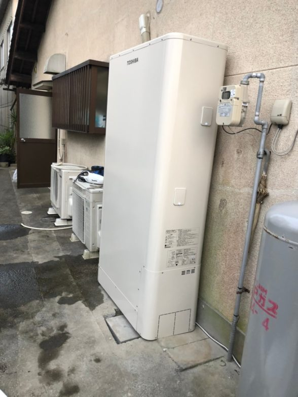 滋賀県東芝エコキュートHWH-B376HWIHクッキングヒーターCS-G318M施工後の写真