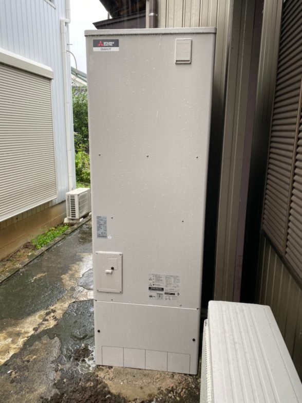三重県三菱エコキュートSRT-S375UA施工後の写真