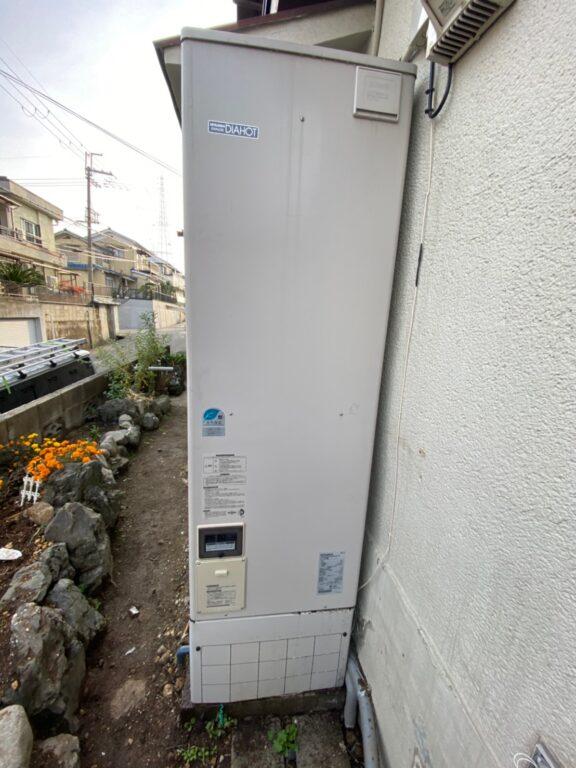 愛知県東芝エコキュートHWH-B376H施工前の写真