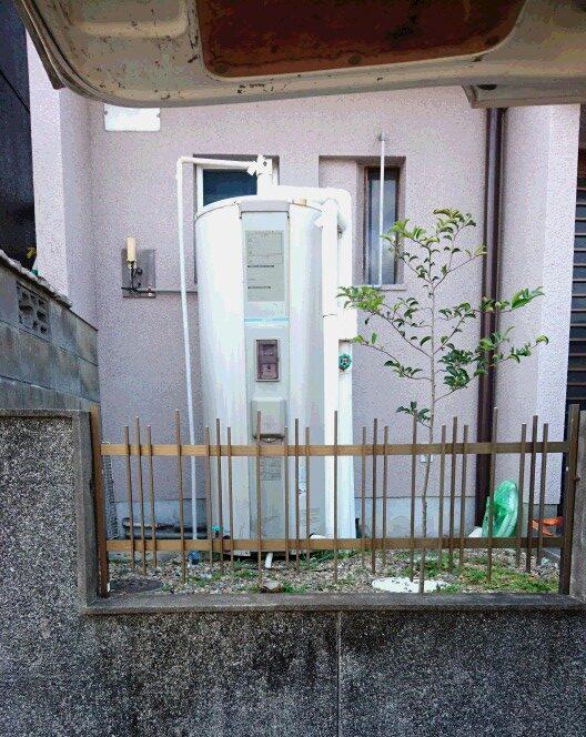 三重県東芝エコキュートHWH-B376H施工前の写真
