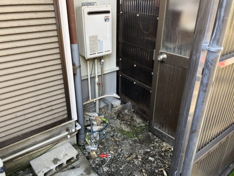 三重県三菱エコキュートSRT-S375UA施工前の写真