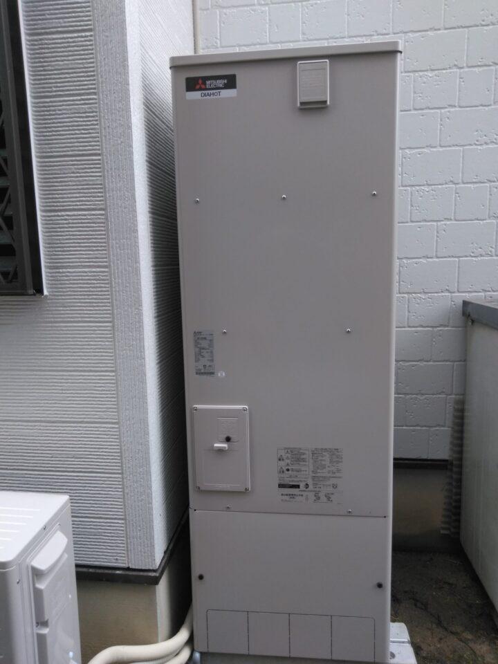 大阪府三菱エコキュートSRT-S375UA三菱バスカラットV-141BZ施工後の写真