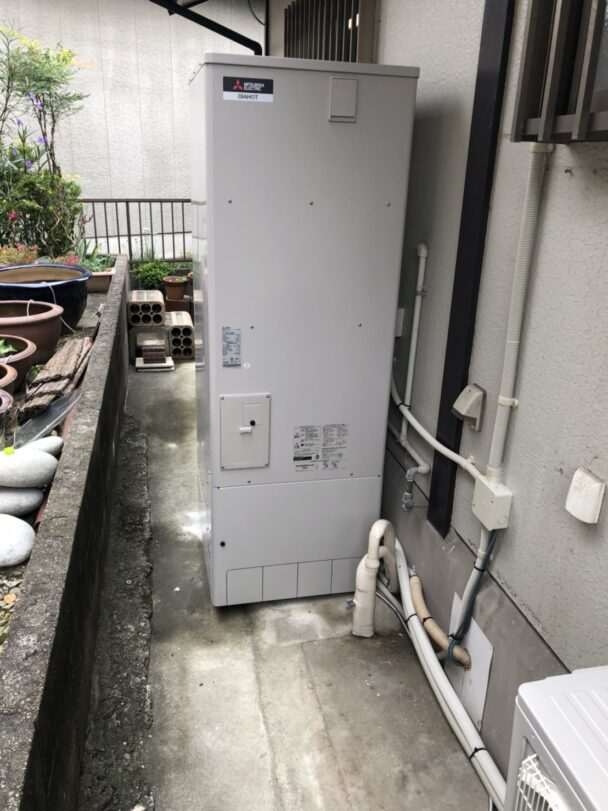 滋賀県三菱エコキュートSRT-S375UA三菱IHクッキングヒーターCS-G318M施工後の写真