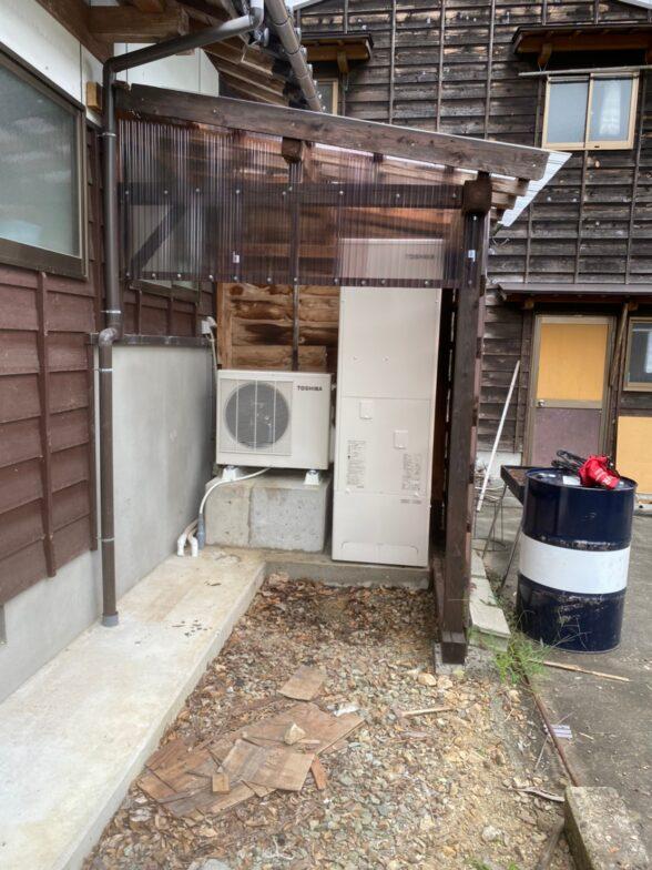 大阪府東芝エコキュートHWH‐B466H施工前の写真