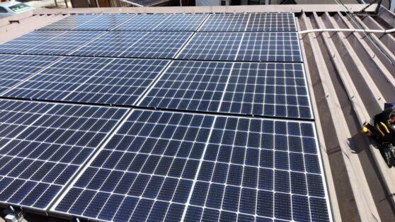 兵庫県Canadian Solar太陽光発電システムCS3LA-300MS施工後の写真